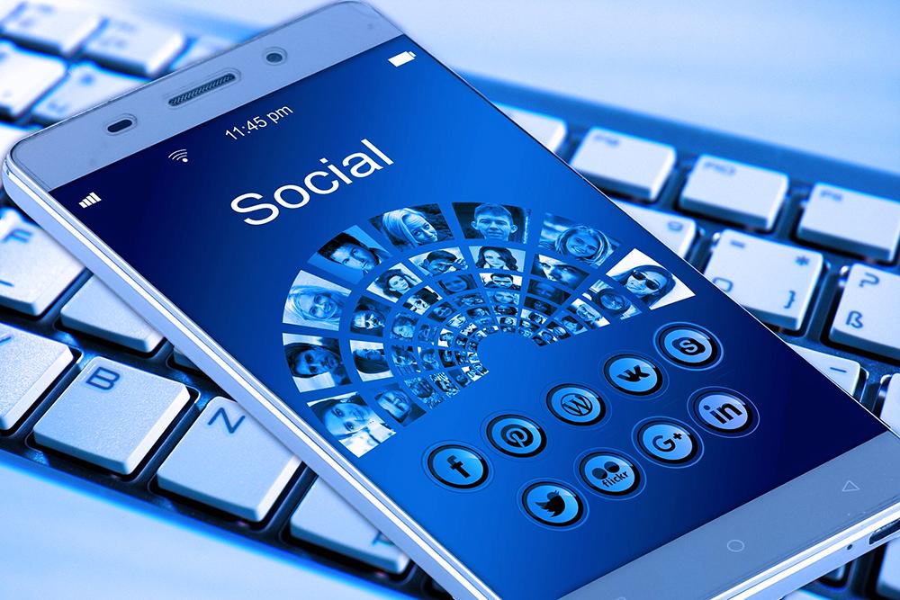 Social-Media-Facebook-Followers-Content-Information